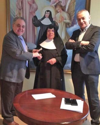 Donacion de la recaudacion XIV Concierto Alfredo Kraus