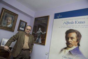 A fondo. Biografía de nuestro presidente en La Nueva España